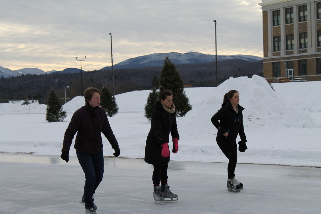Maggie skates a final lap with ROOST's Kim Rielly and ORDA's Emily Dennin.