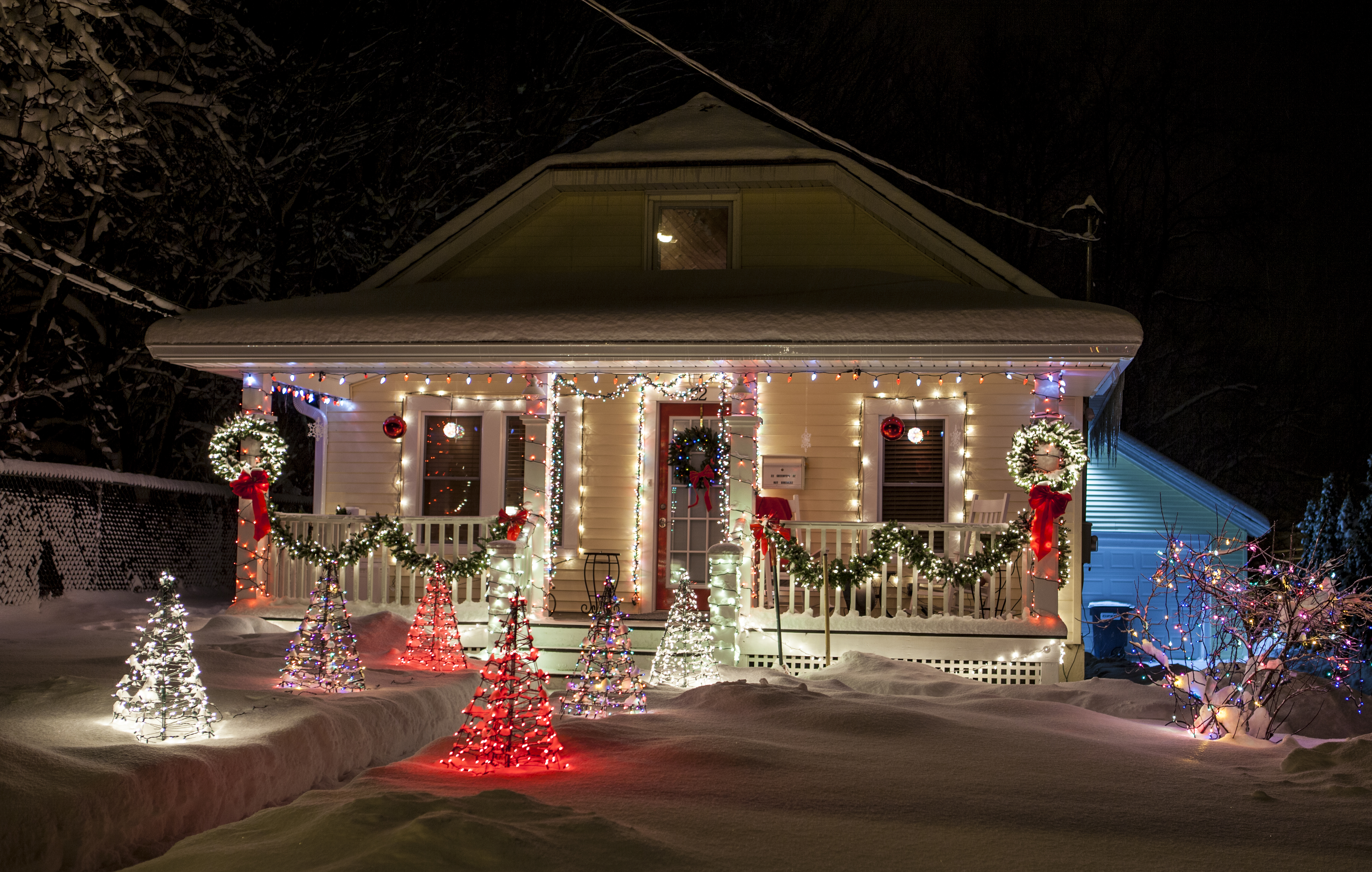 lake placid ny the lake placid village holiday decorating contest committee is alerting all decorators that this year the annual contest will coincide